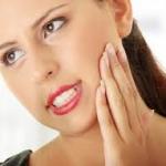 Ευαίσθητα δόντια: Το μυστικό της ανακούφισης κρύβεται στη θάλασσα