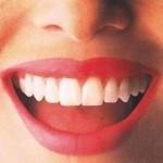 10 τροφές που λευκαίνουν και φωτίζουν φυσικά το χαμόγελό σας