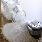 Το πολύ αλάτι στα φαγητά μπορεί να πυροδοτεί αυτοάνοσα νοσήματα