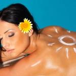 Πως να φροντίσετε το δέρμα σας μετά τη θάλασσα